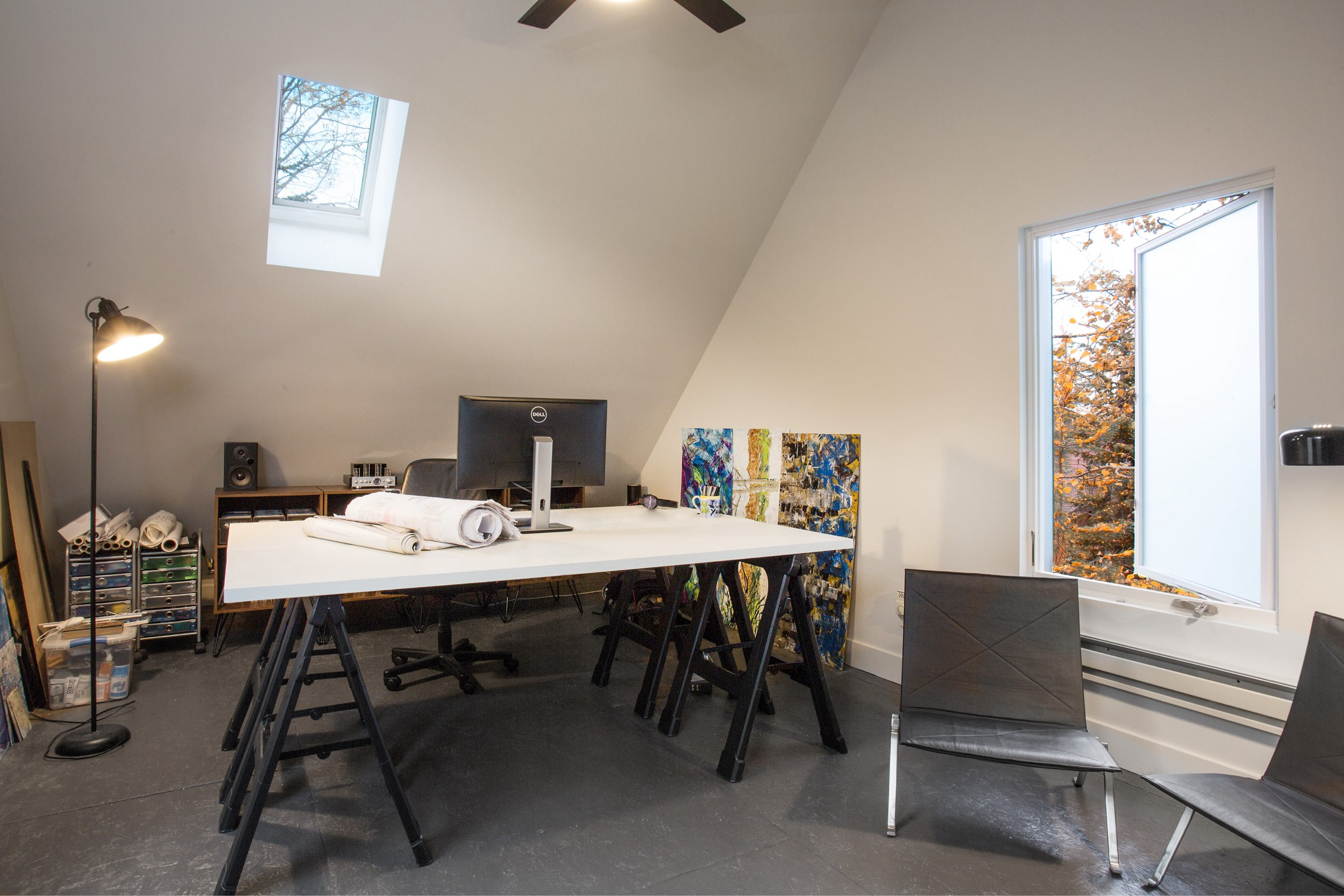 Office loft in the Granny Pod in Park City, Utah, architectural design by Elliott Workgroup