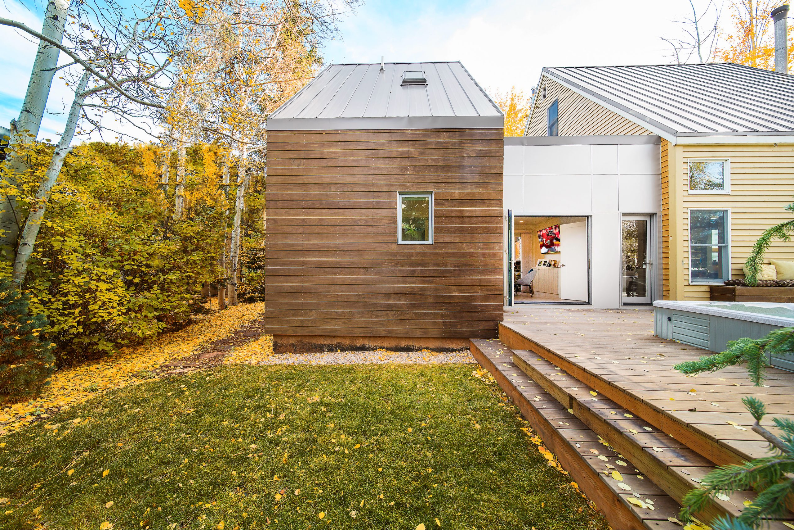 Patio steps at the Granny Pod in Park City, Utah, architectural design by Elliott Workgroup
