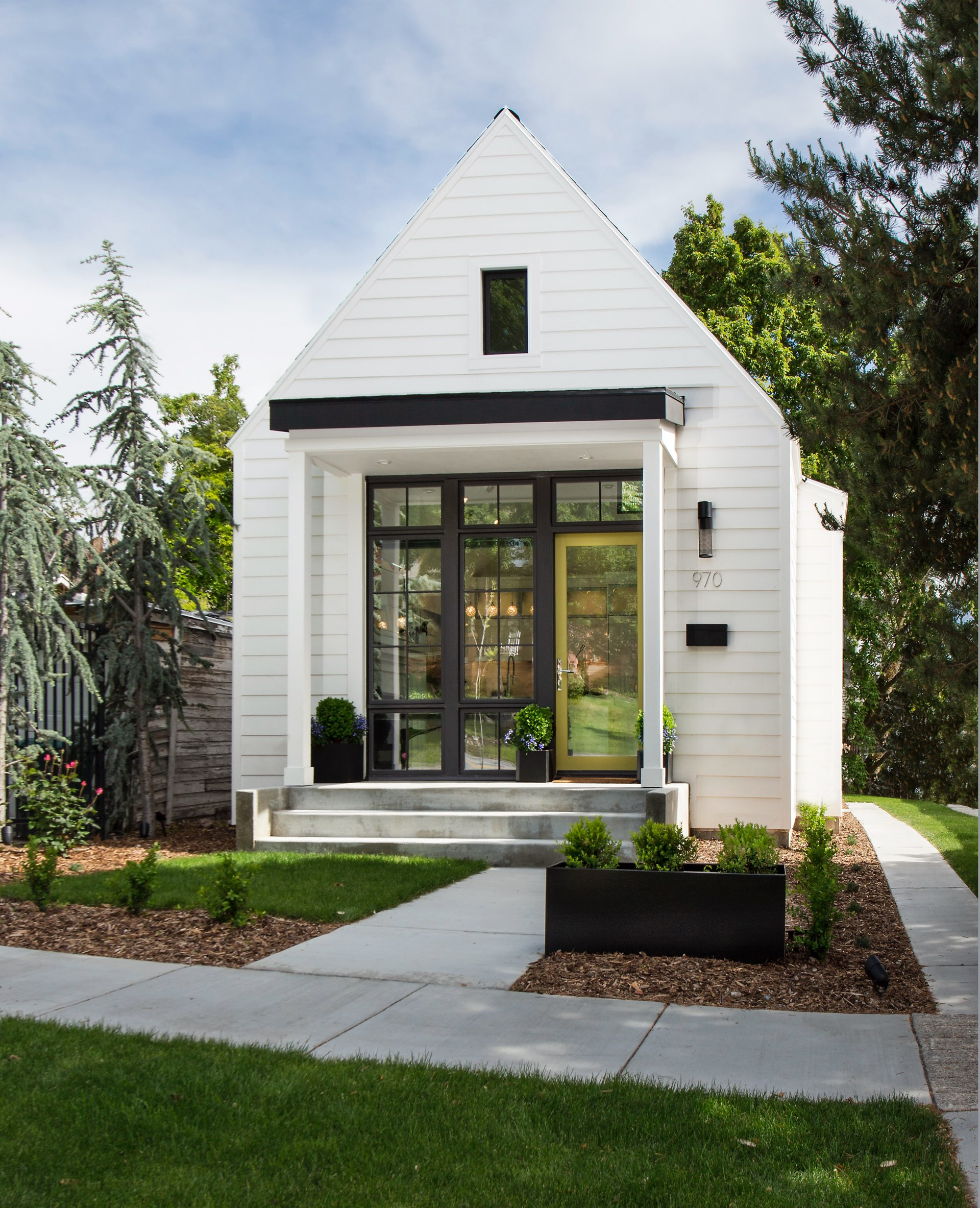 House 970, residential architectural design by Elliott Workgroup
