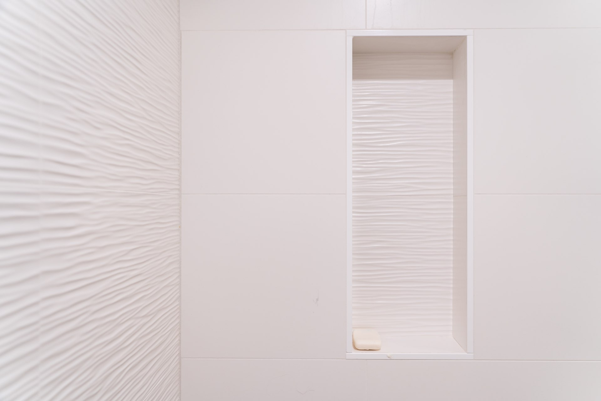 Shower detail, Larkspur Residence, architectural design by Elliott Workgroup