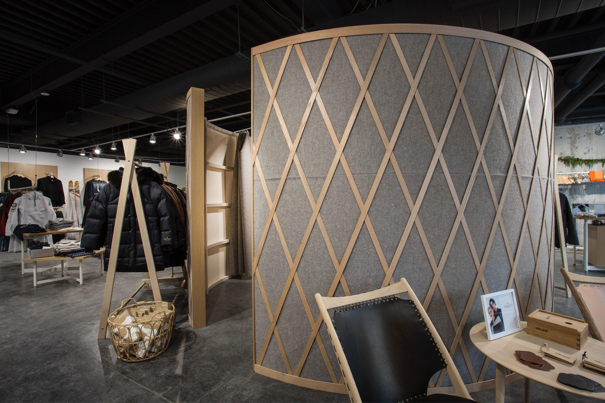 Dressing room in We Norwegians in Park City, Utah, architectural design by Elliott Workgroup
