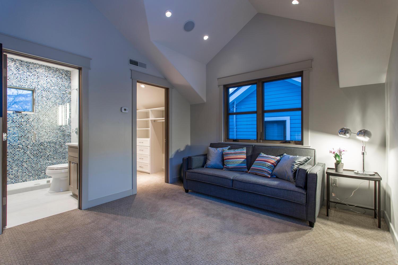 Norfolk Ave 2, sitting area - architectural design by Elliott Workgroup