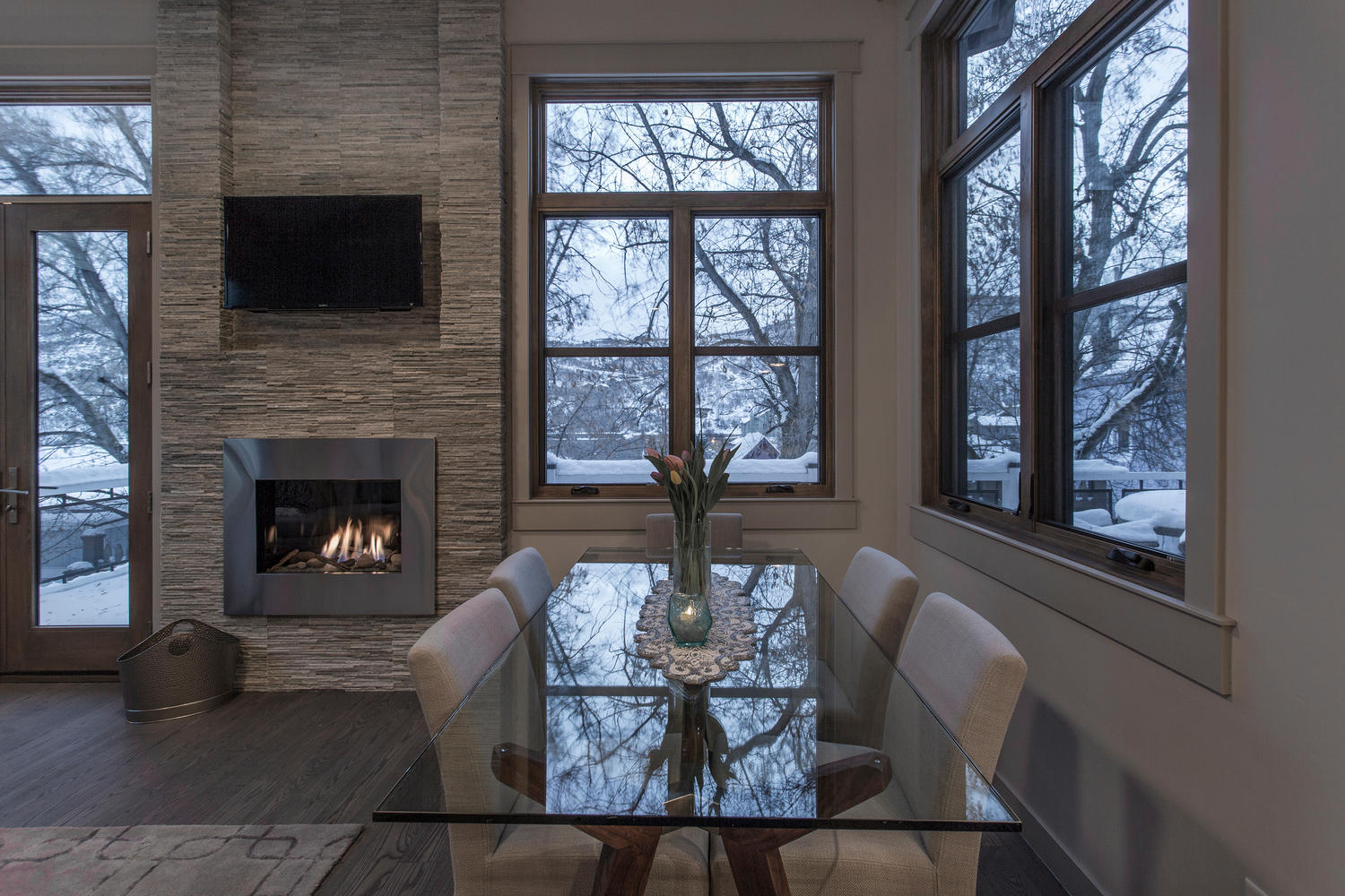 Norfolk Ave 2, dining area - architectural design by Elliott Workgroup