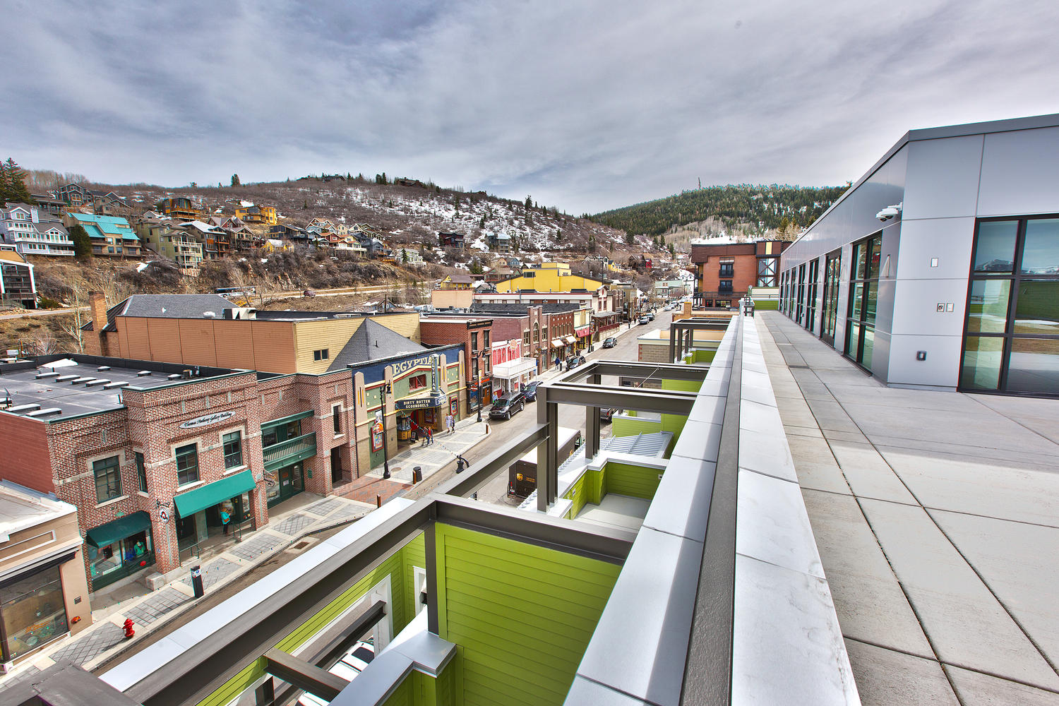 The Parkite, rooftop patio view - architectural design by Elliott Workgroup
