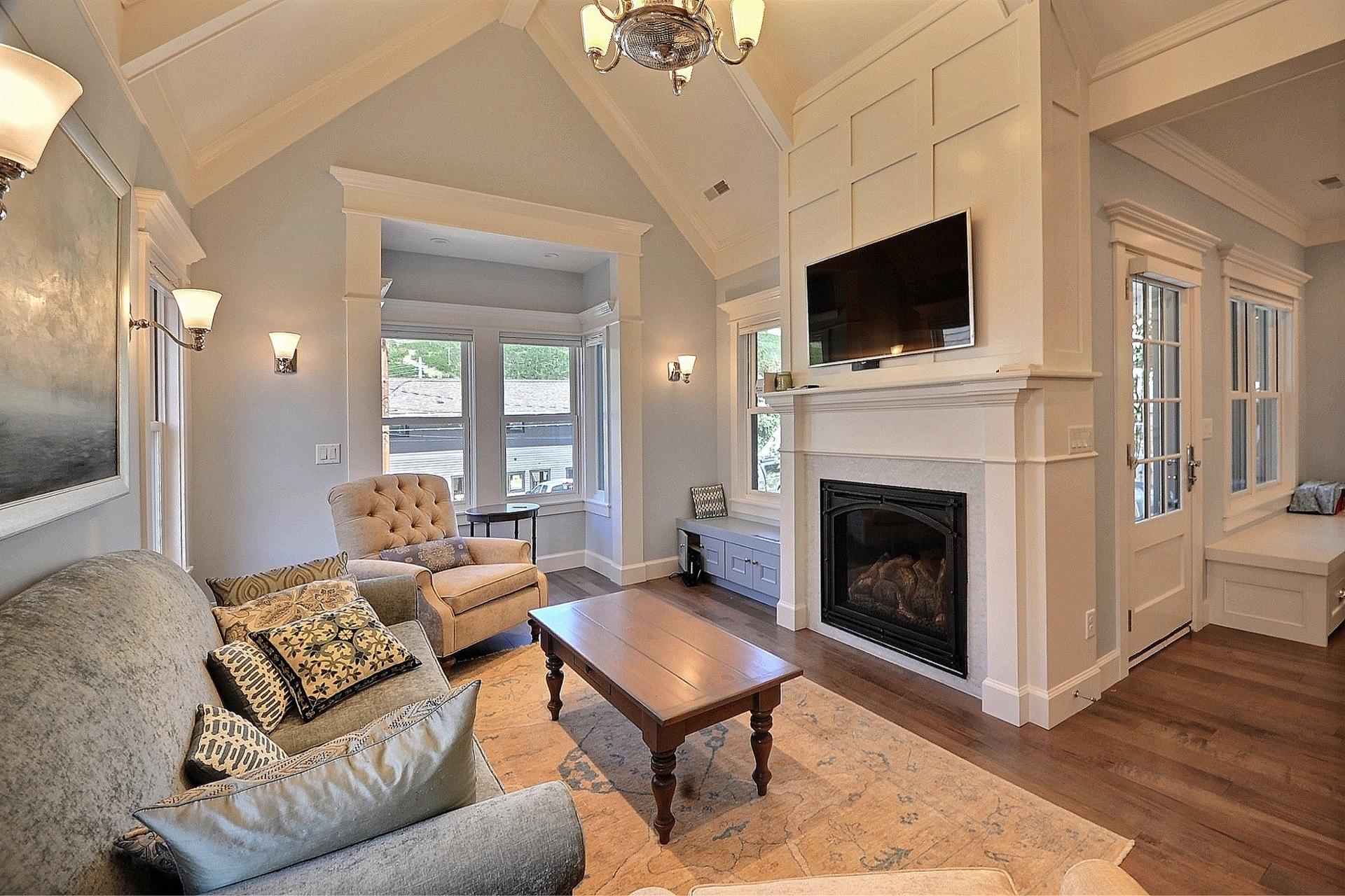 Woodside Avenue, living room - architectural design by Elliott Workgroup