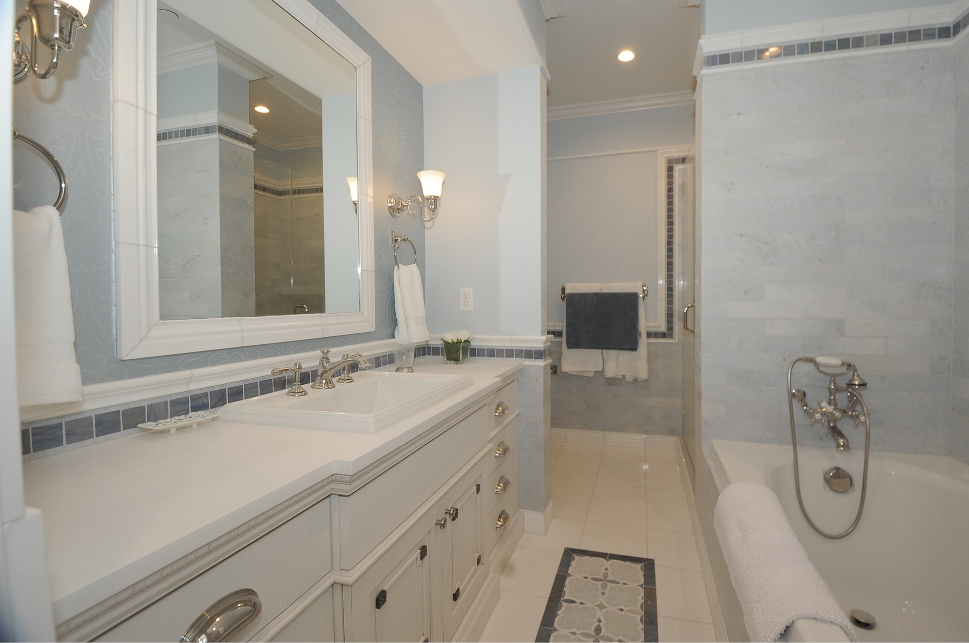 Woodside Avenue, bathroom - architectural design by Elliott Workgroup
